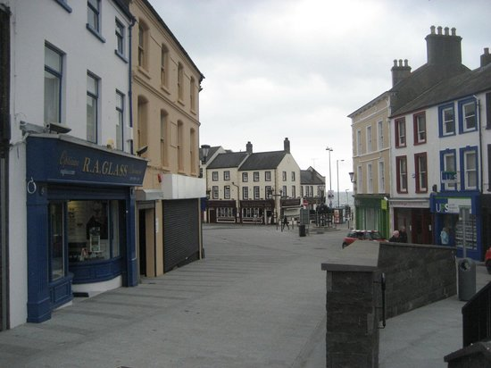 The Central Bar: Town centre
