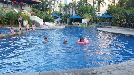 Sanur Paradise Plaza Suites: Het zwembad