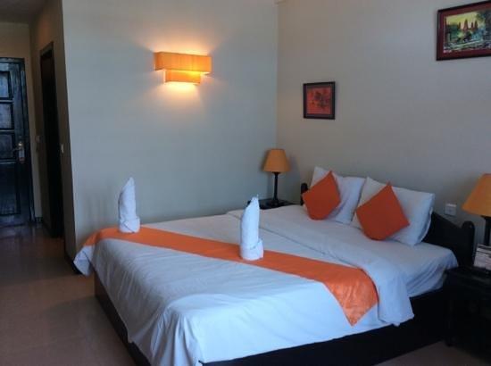 Claremont Angkor Boutique Hotel : letto comodissimo confortevole ma ben duro