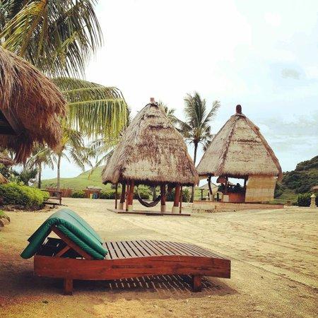 Novotel Lombok Resort and Villas: Kuta Beach