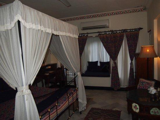 Hotel Udai Kothi: Bedroom