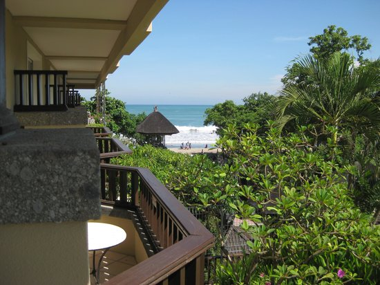 Kuta Paradiso Hotel: View from our balcony in room 322