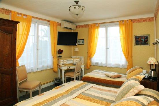 Hotel Le Pre Catelan : Triple room