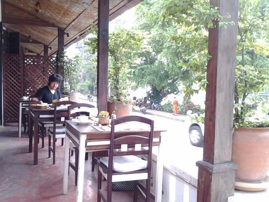 Saynamkhan Hotel: Breakfast area