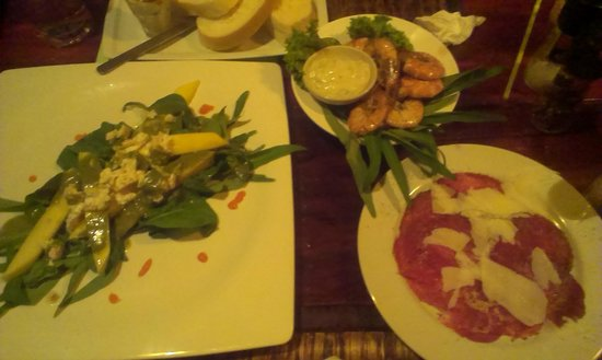 Red Snapper: schrimps, salad and carpacio