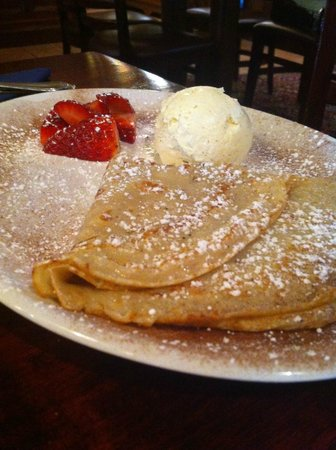 McSweeney Arms Hotel : Pancakes and Strawberrys