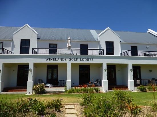 Winelands Golf Lodges : 1-bedroom appartments 4-9 are in the front row