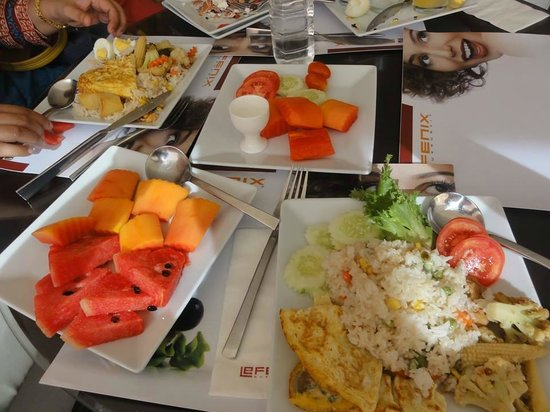 Le Fenix Sukhumvit: My Favorite Breakfast at Le Fenix