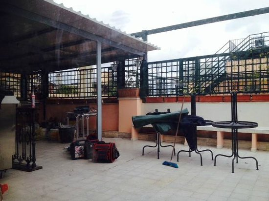 Welcome Piram Hotel : rooftop terrace