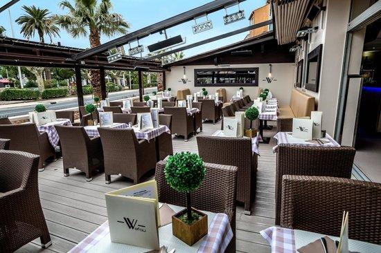 terrasse exterieur - Bild von Le Wafou, Ste-Maxime - TripAdvisor
