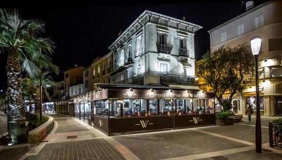 La terrasse du wafou picture of le wafou sainte maxime tripadvisor - Cafe de france sainte maxime ...