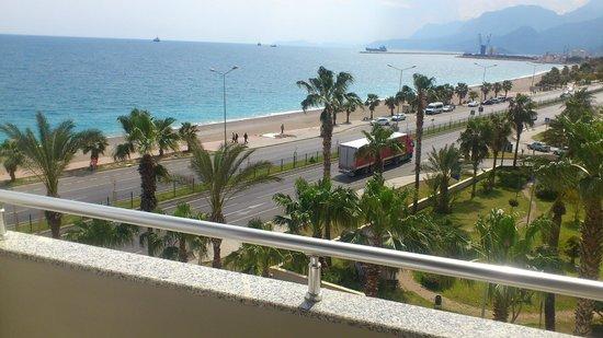 Porto Bello Hotel Resort & Spa: Вид с балкона