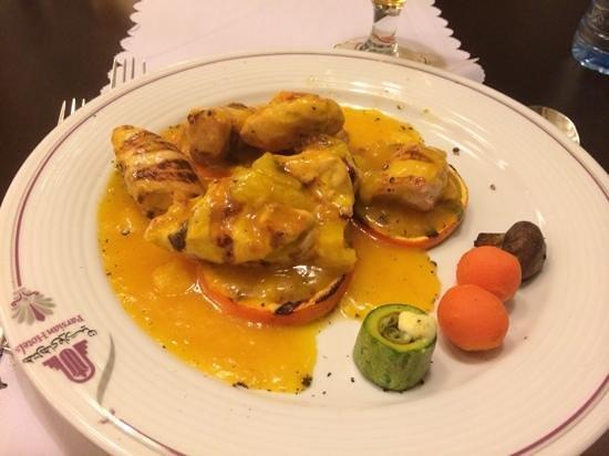 Azadi Grand Hotel: Gegrillte Hühnchen in Orangensoße