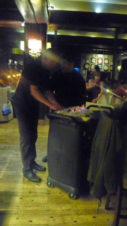 Tarragon : Le poisson en croûte flambé