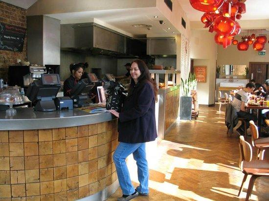 Nando's: Inside Nandos
