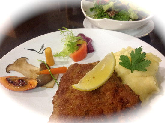 Alsace a Table: kalbssnitzel - cordon bleu de veau pane