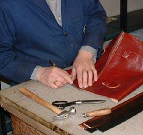 Le Torri Leather Goods
