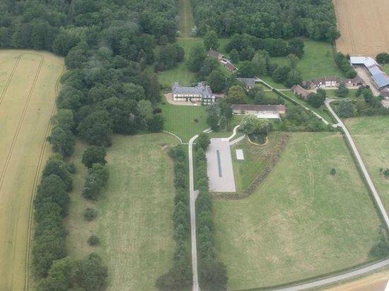 Gite de la Hulotte - Chateau de La Noe Vicaire : Vue du ciel