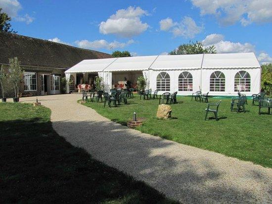 Gite de la Hulotte - Chateau de La Noe Vicaire : Le chapiteau