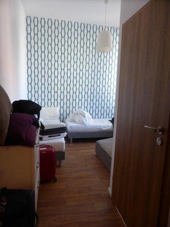 Grand Hostel Gdansk: Habitación