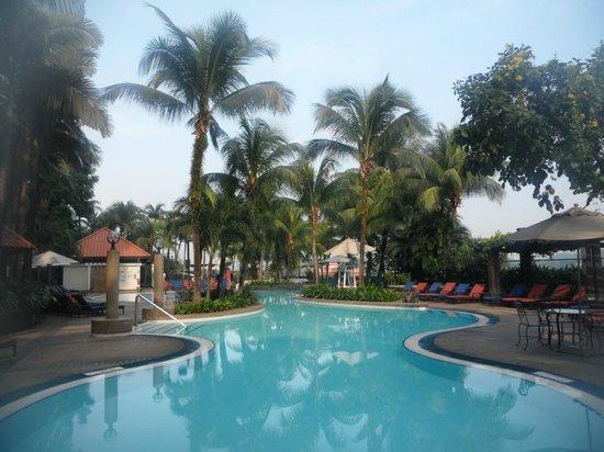 Le Meridien Kuala Lumpur: Swimming Pool