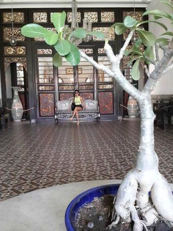 Cheong Fatt Tze - The Blue Mansion: Lobby
