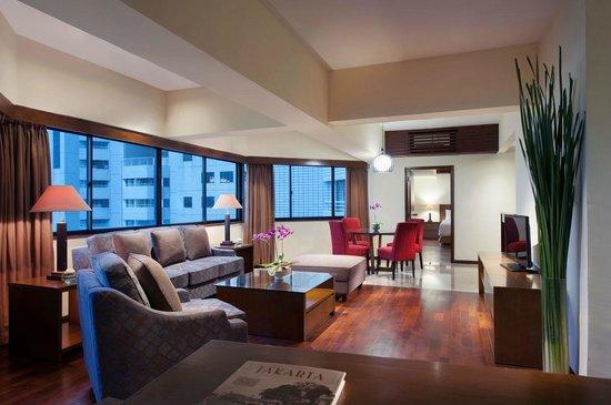The Sultan Hotel & Residence Jakarta: Living room Residence