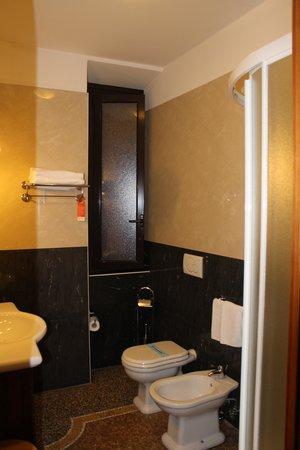 Welcome Piram Hotel : удобства