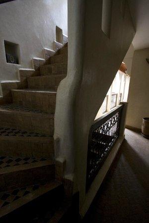 Riad Dar Selen : accés aux chambres et à la terrasse