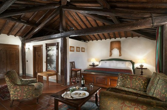 Castello di Spaltenna Exclusive Tuscan Resort & Spa: Junior Suite
