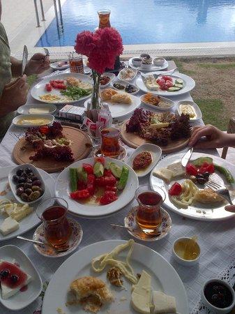 Imren Han Hotel & Mansions : Kahvaltı Alanı