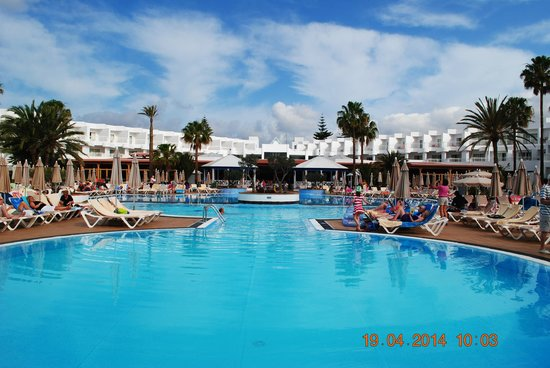 ClubHotel Riu Paraiso Lanzarote Resort: Pool view