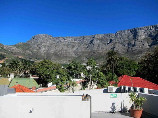 The Three Boutique Hotel: Table Mountain View from Roof Deck
