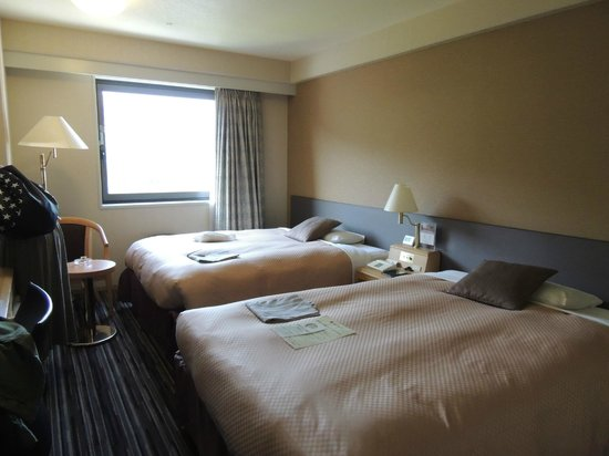 Matsuyama Tokyu REI Hotel: ツインベッド