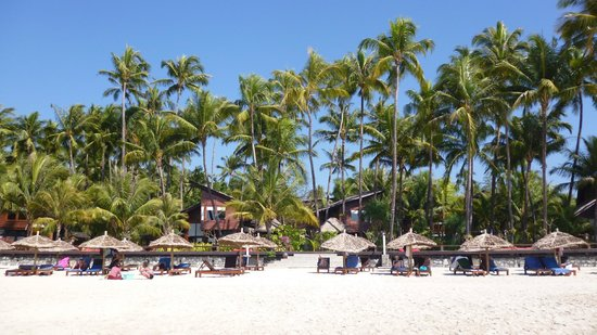 Amata Resort and Spa : L' hôtel u de la plage