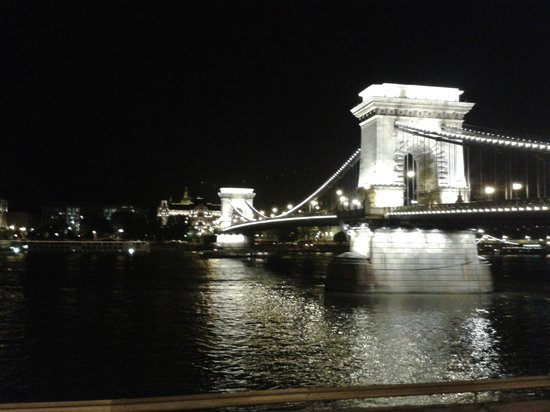 Hotel Nemzeti Budapest - MGallery Collection: One of the many great night time views