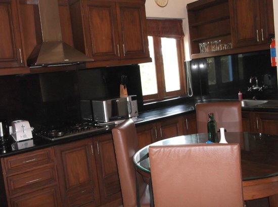 Karma Royal Haathi Mahal: Sitting/dining area of Villa 273