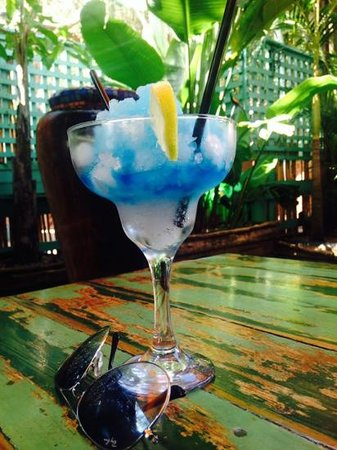 Cocomo Restaurant : Ocean blue cocktail made specially for me