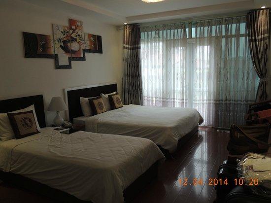 Silver Legend Hanoi : Das geräumige Schlafzimmer