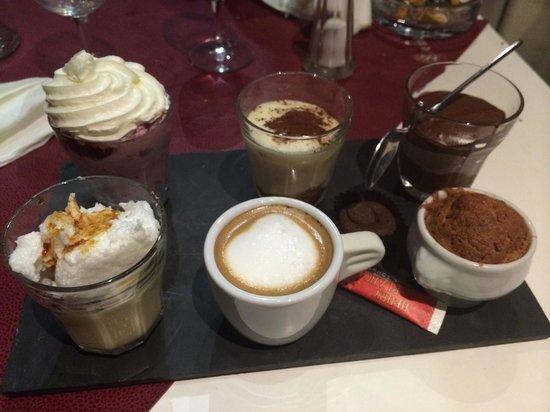 Le Monde a Sa Porte: Café gourmand