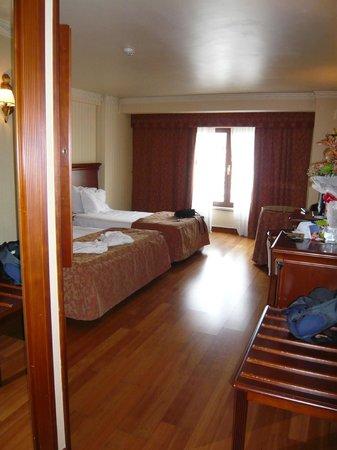 Turim Lisboa Hotel: Room