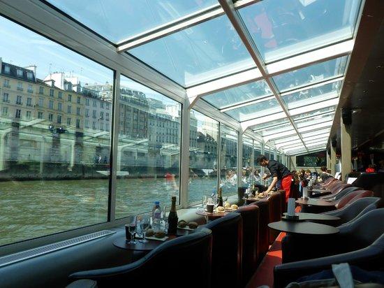 Paris en Scene - Diner croisiere: le bateau