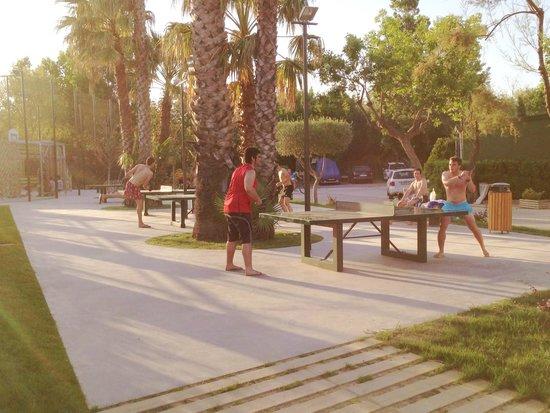 Camping Rubina Resort: mesas de ping pong