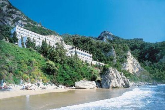 Mayor La Grotta Verde Grand Resort: Perfect location ...