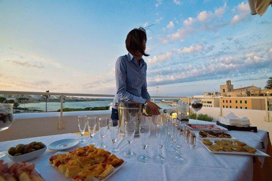Albania Hotel : aperitivo terrazza