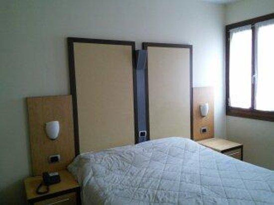 Dolomiti Hotel : camera matrimoniale