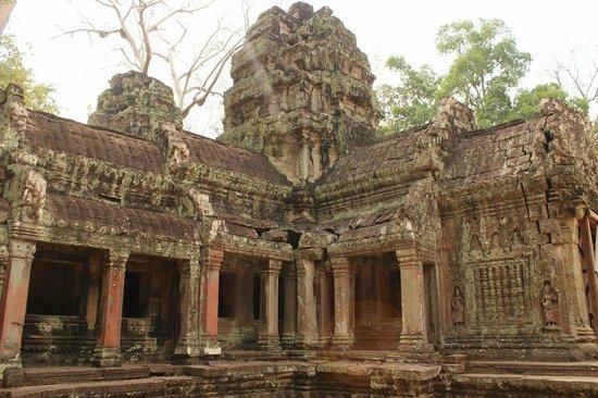 Ta Prohm: храм разрушается, но красоту еще видно