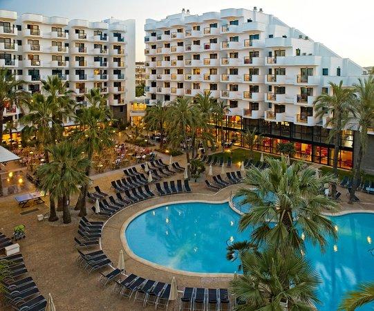 Protur Palmeras Playa Hotel: Piscina - Swimming pool