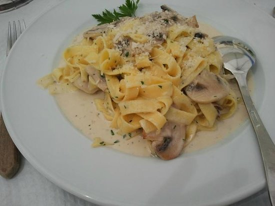 Caffe Italia: Тальятели с грибами