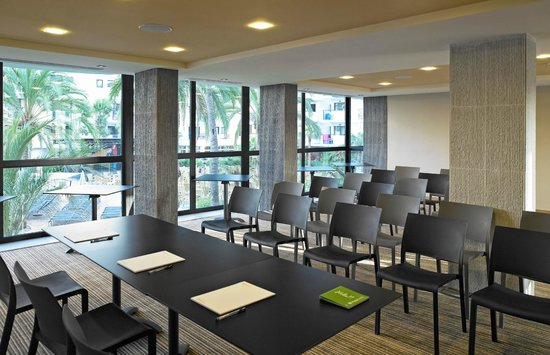 Protur Palmeras Playa Hotel: Sala Conferencias - Meeting Room